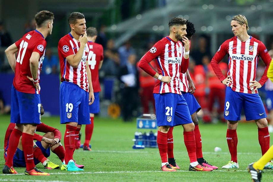 Мэр Мадрида влюблён в «Атлетико» и пережидает нервные финалы в туалете. А ваш?