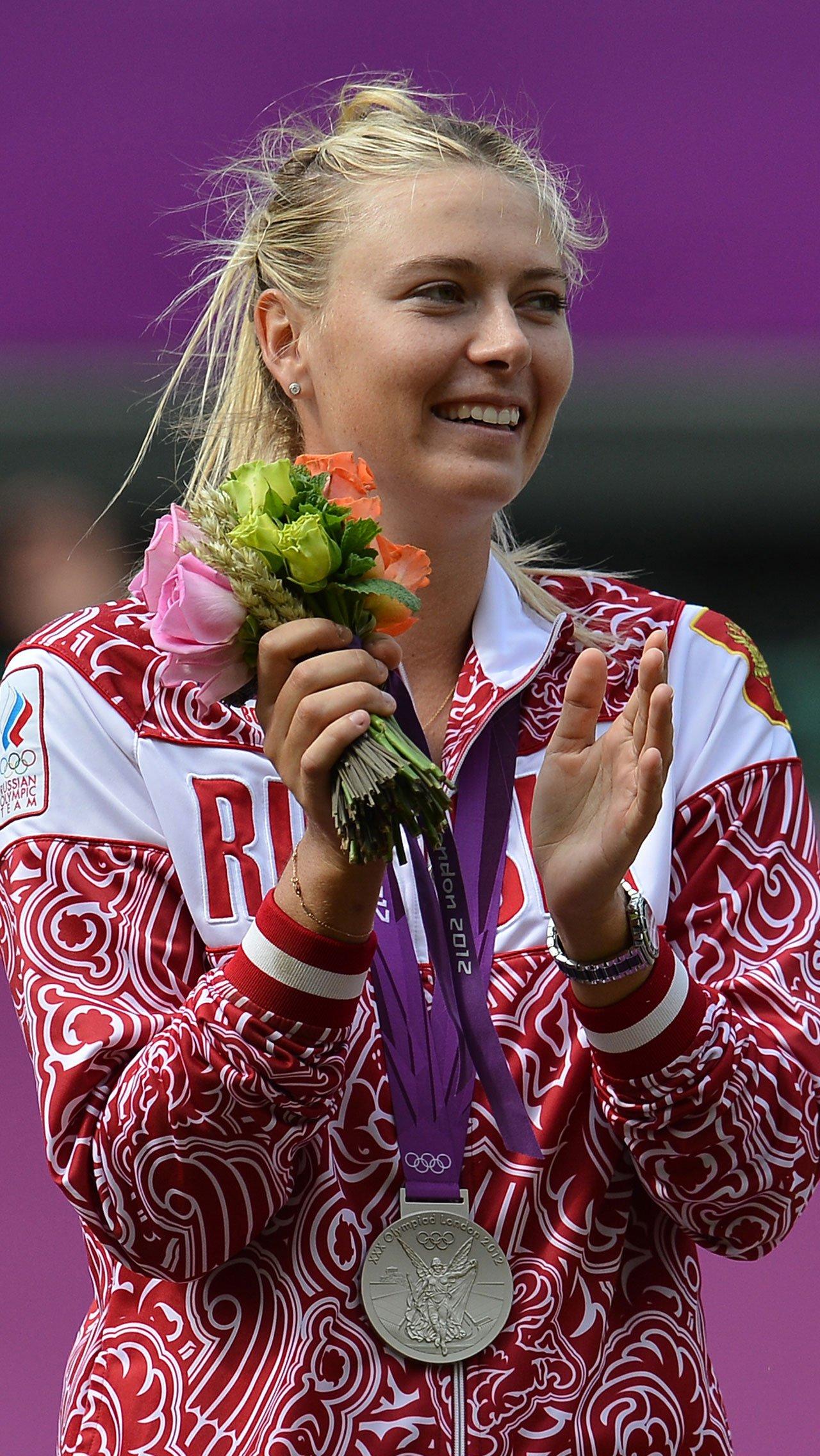На первый взгляд ничего не изменилось. С 2012 года олимпийцы получают от государства 4 млн рублей за золото, 2,5 млн – за серебро и 1,7 млн – за бронзу. Те же суммы будут и в 2020-м.