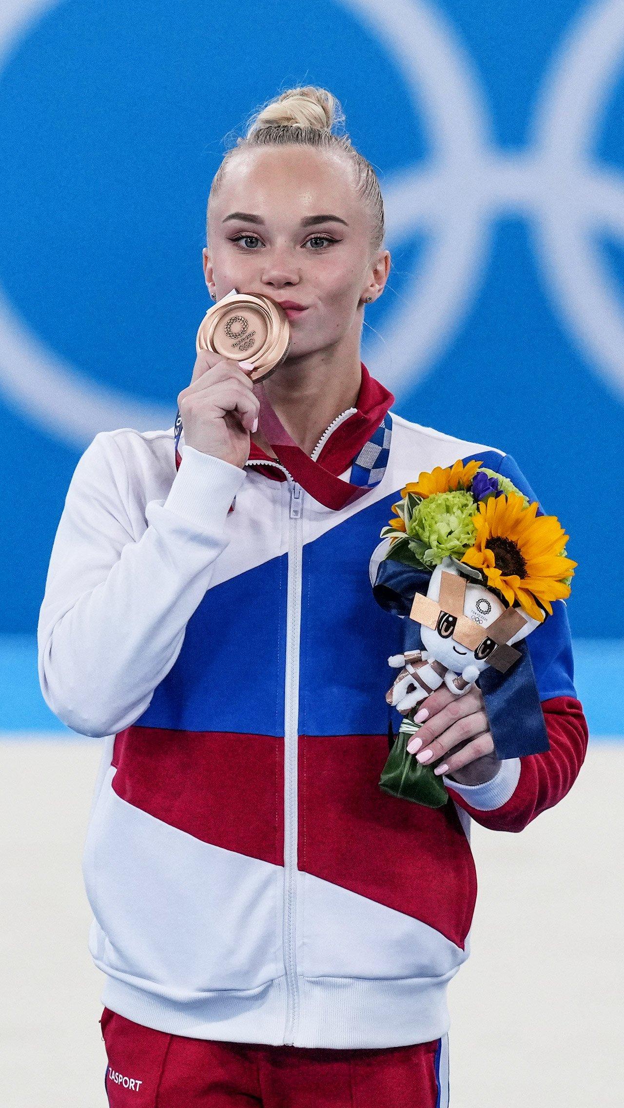 Гимнасты Никита Нагорный и Ангелина Мельникова за золото и бронзу получат по 5,7 млн рублей. Но у спортсменов ещё есть шанс увеличить свои призовые на второй неделе Олимпиады.
