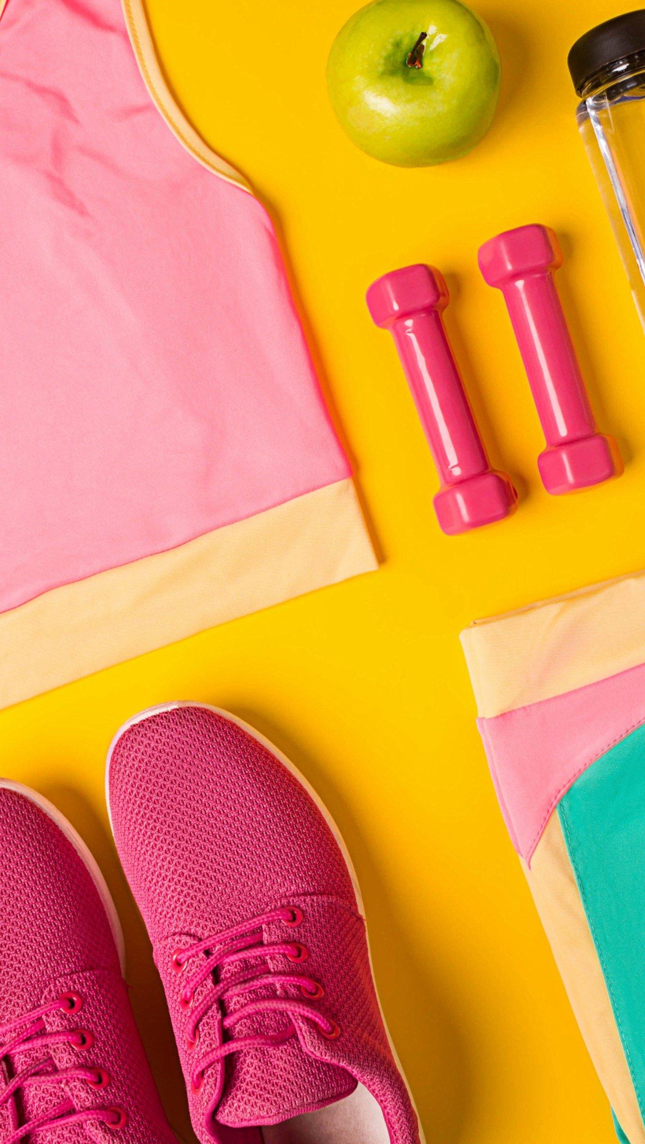 Подберите спортивную одежду и обувь