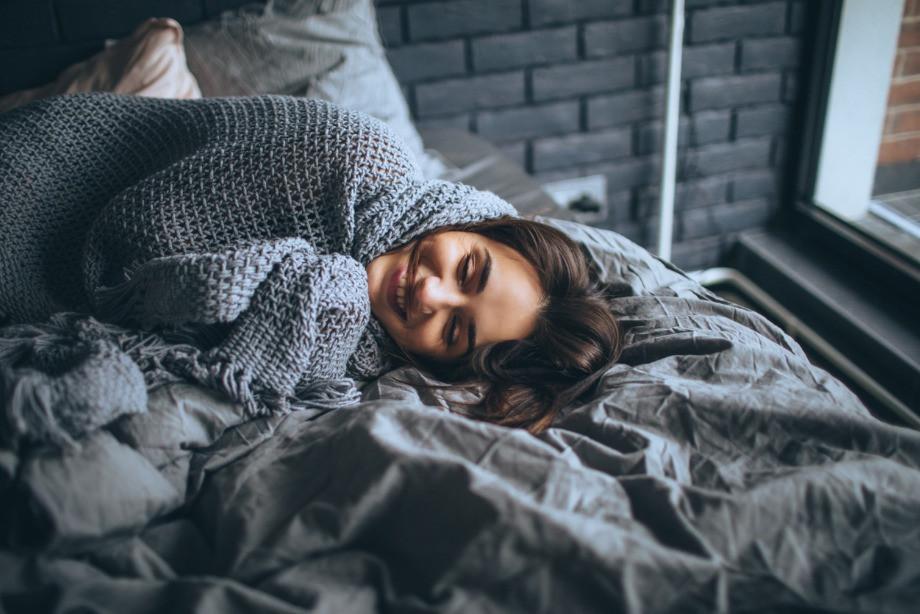 Нужно ли взрослым спать днём? Полезен ли дневной сон? Чем заменить дневной сон?