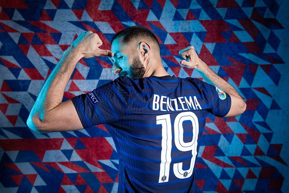 2085 дней Бензема не забивал за сборную. Его обвиняли в шантаже, а он — тренера в расизме