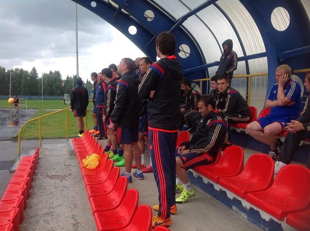 Тренировка ЦСКА в Ватутинках была прервана на 10 минут из-за ливня
