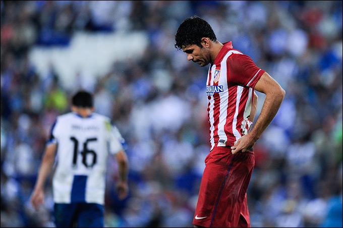"""""""Атлетико"""" не смог добиться положительного результата в выездном матче с """"Эспаньолом"""", уступив с минимальным счётом."""