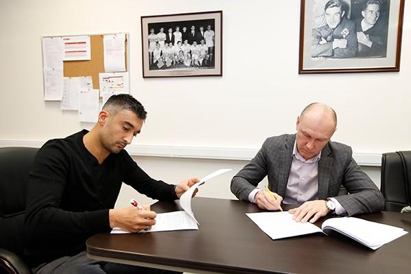 «Спартак» объявил о подписании контракта с Самедовым