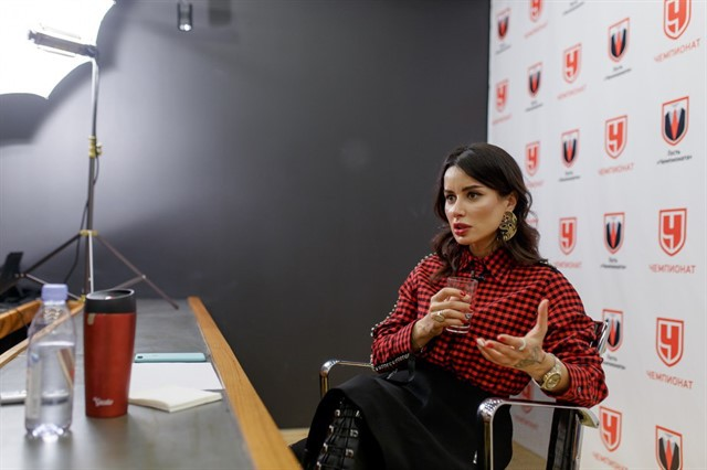 Тина Канделаки — гость редакции «Чемпионата»