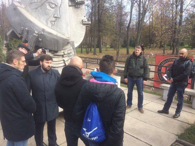 """Массимо Каррера посетил памятник погибшим 20 октября 1982 года в """"Лужниках"""""""