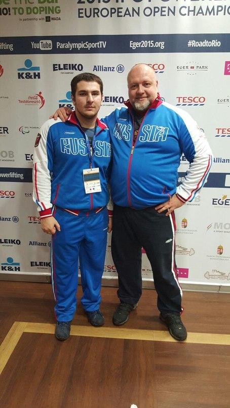Магомед Джамалов с тренером