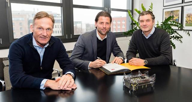 Дортмундская «Боруссия» продлила контракт с Вайденфеллером