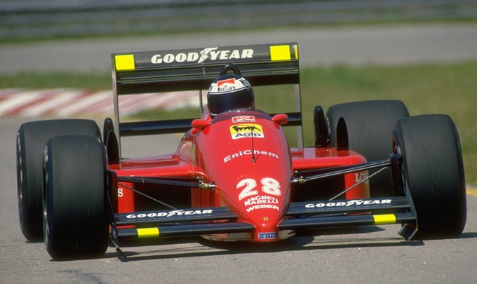 В своё время постоянные номера были закреплены за командами Формулы-1