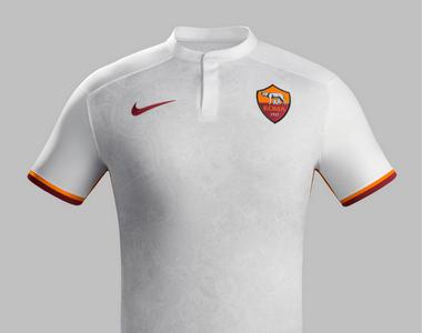 Рома представила комплект гостевой формы на сезон-2015/16