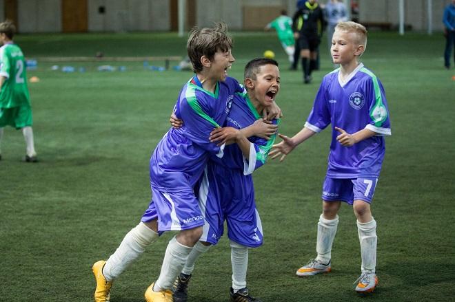 Слуцкий и Ребров стали гостями соревнований среди команд детских домов