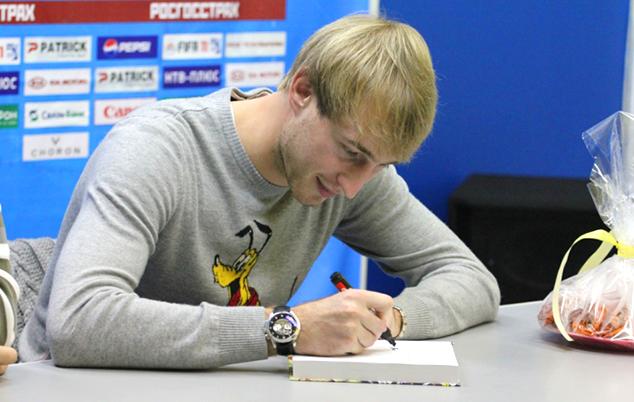 Амельченко подписал контракт с «Факелом»