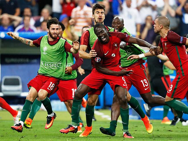 Фоторепортаж с матча Португалия — Франция