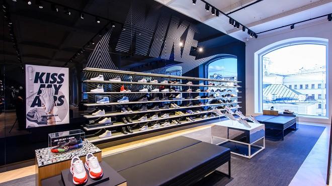 В Москве открылся самый большой магазин Nike в Центральной и Восточной  Европе 6b1fbbe667a