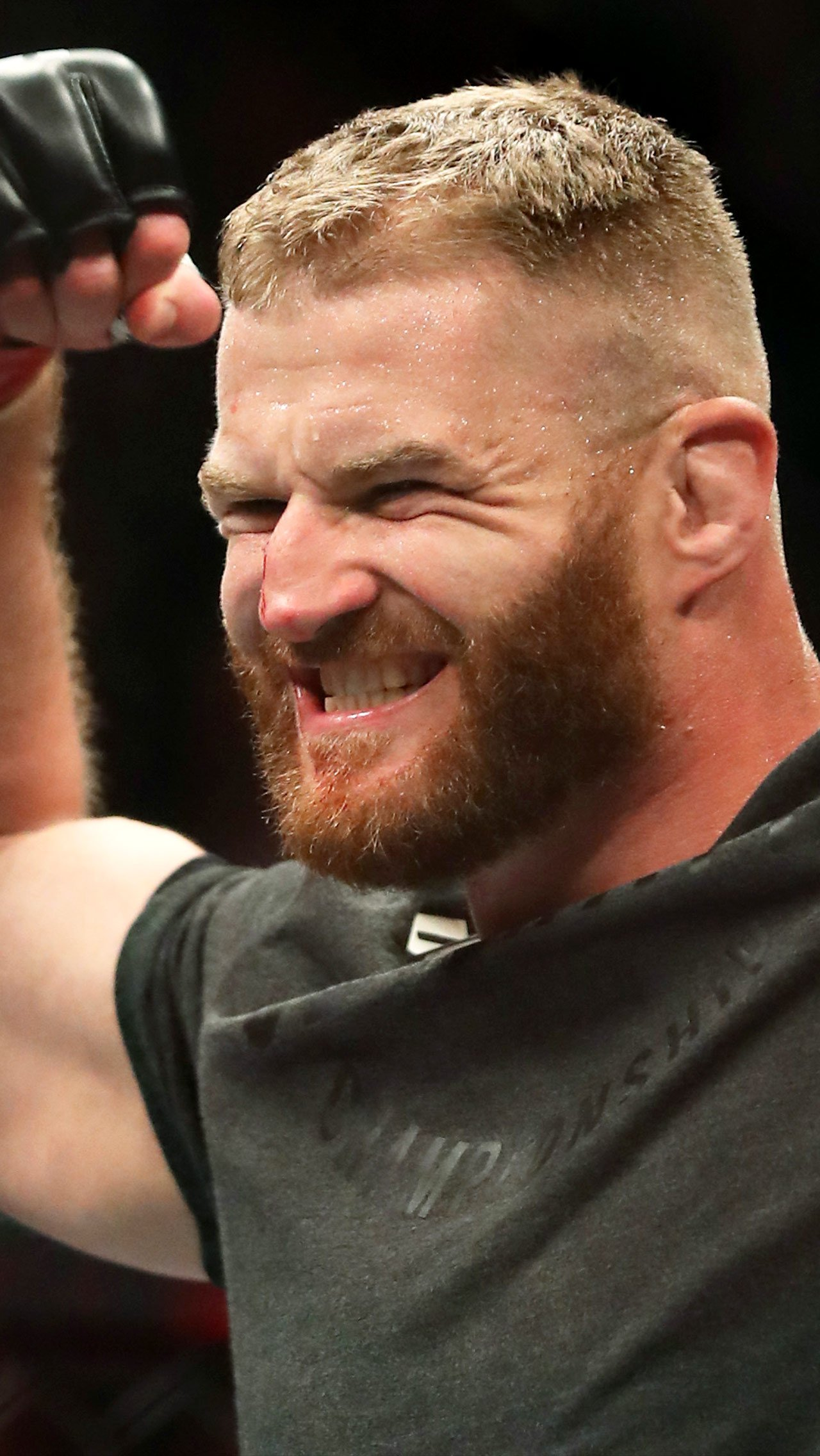 Польский атлет тонко потроллил Волка: «В интернете Чимаев уже выиграл все пояса UFC».