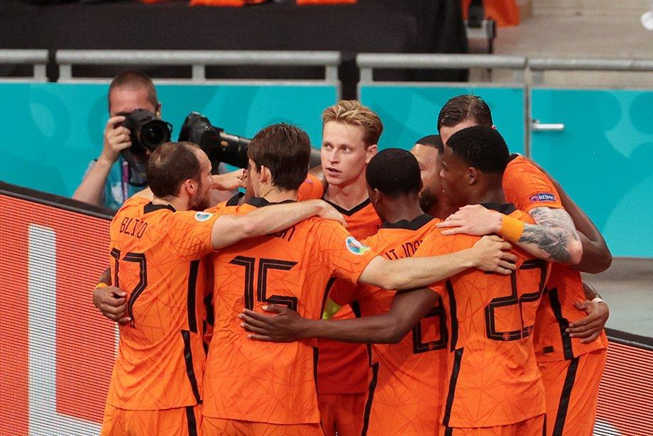 Сборная Нидерландов ведёт 1:0