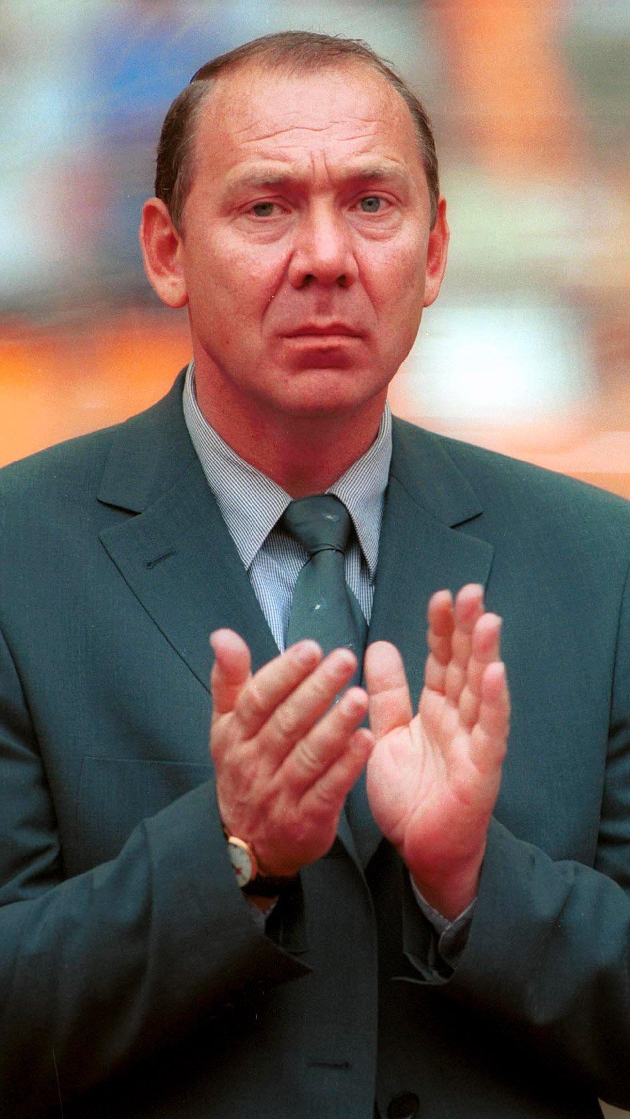 Романцев Евро-1996: <br/> «С привлечением тех, кто играет за рубежом, команда потеряла русский дух».<br/>
