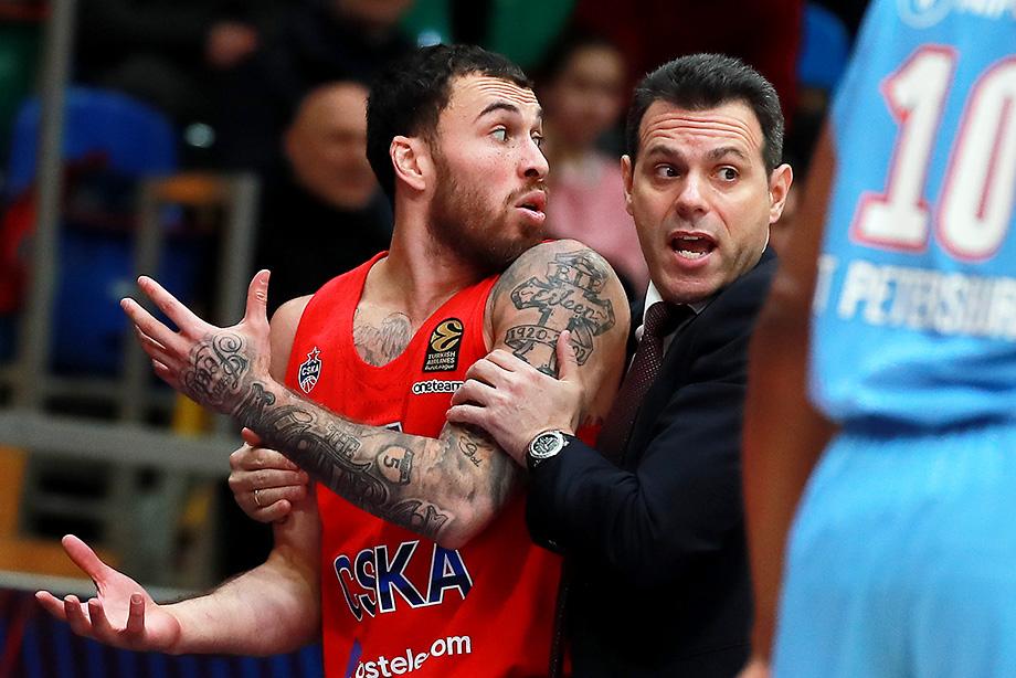 Майк Джеймс завершит сезон в НБА, контракт с ЦСКА временно приостановлен: что это значит