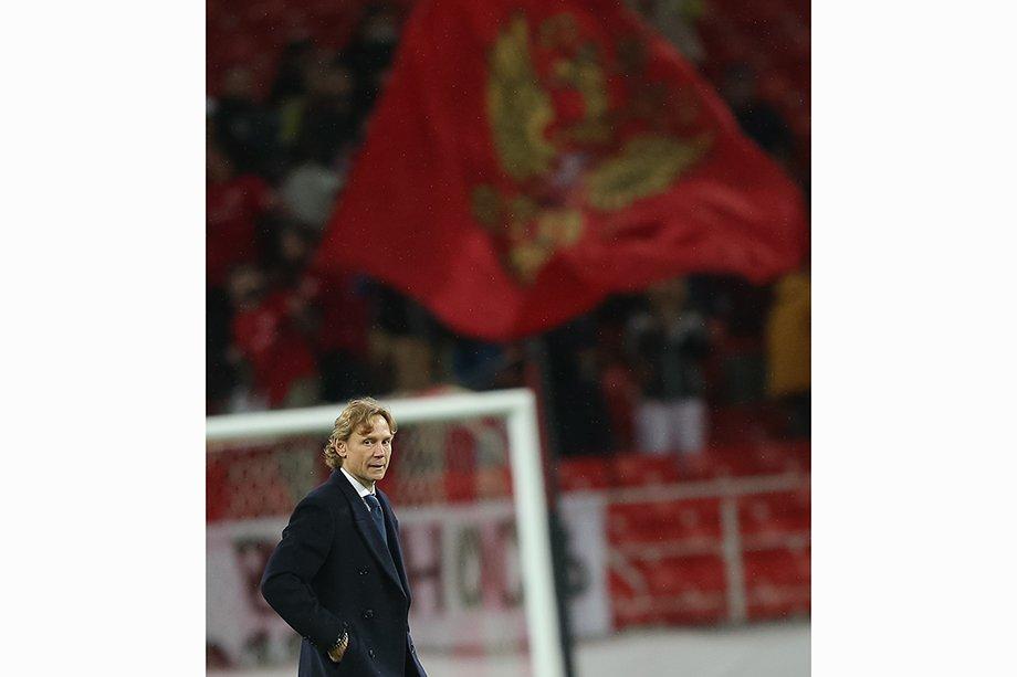 «Платить не нужно, на трансфере не заработаешь». Как Карпин не перешёл в «Барселону»