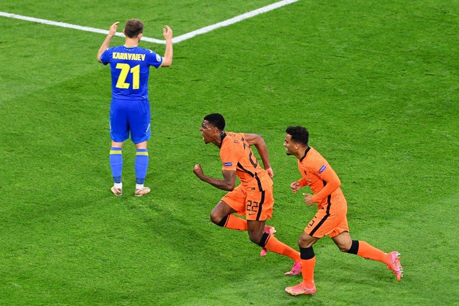 Украинцы начали как наши – с трёх пропущенных мячей и поражения. Но сыграли веселее!