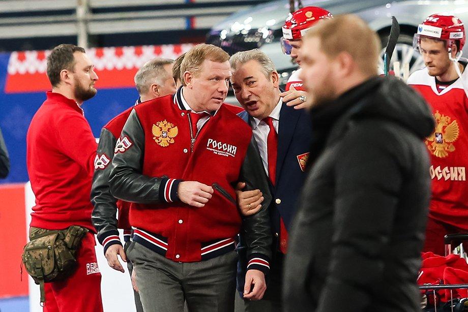 Алексей Жамнов стал главным тренером сборной России на Олимпиаде в Пекине, Олег Знарок стал консультантом