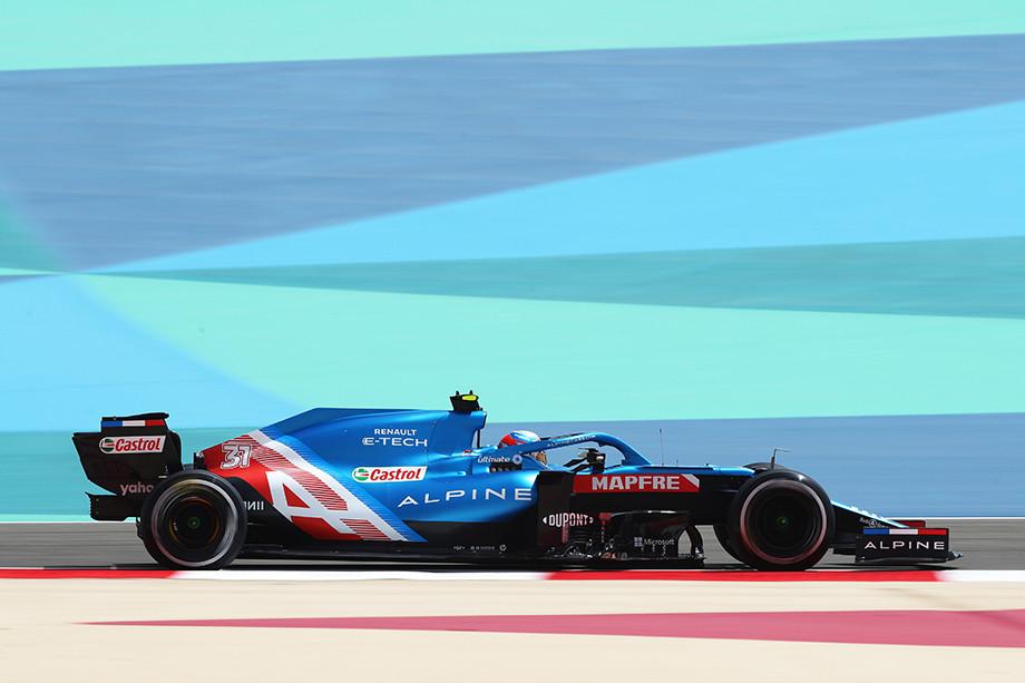 В паддоке Формулы-1 посмеиваются над растолстевшим болидом «Альпин». Ещё могут пожалеть!