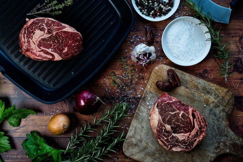 Какие симптомы говорят о дефиците питательных веществ, как понять, что не хватает железа и белка
