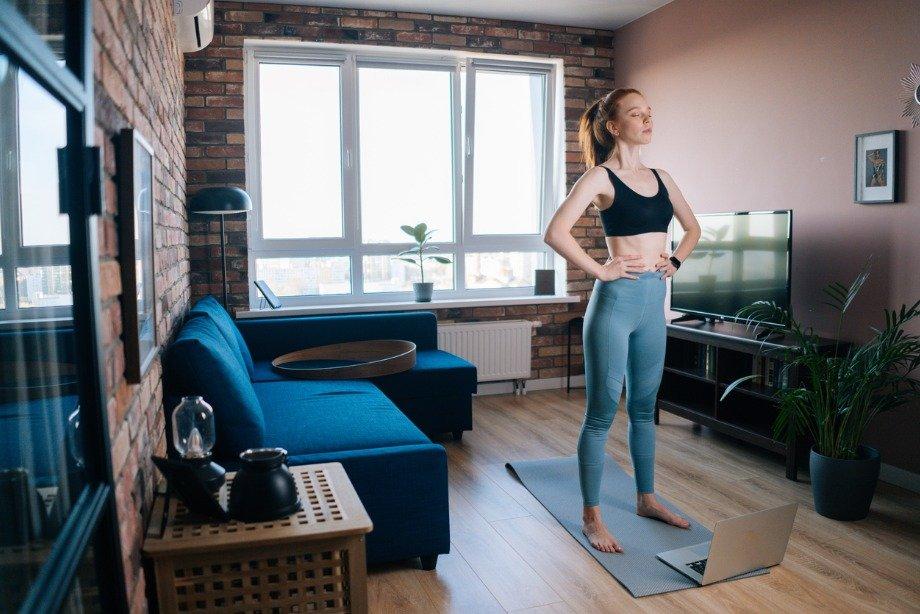 Как тренируется Ани Лорак: комплекс упражнений от звезды