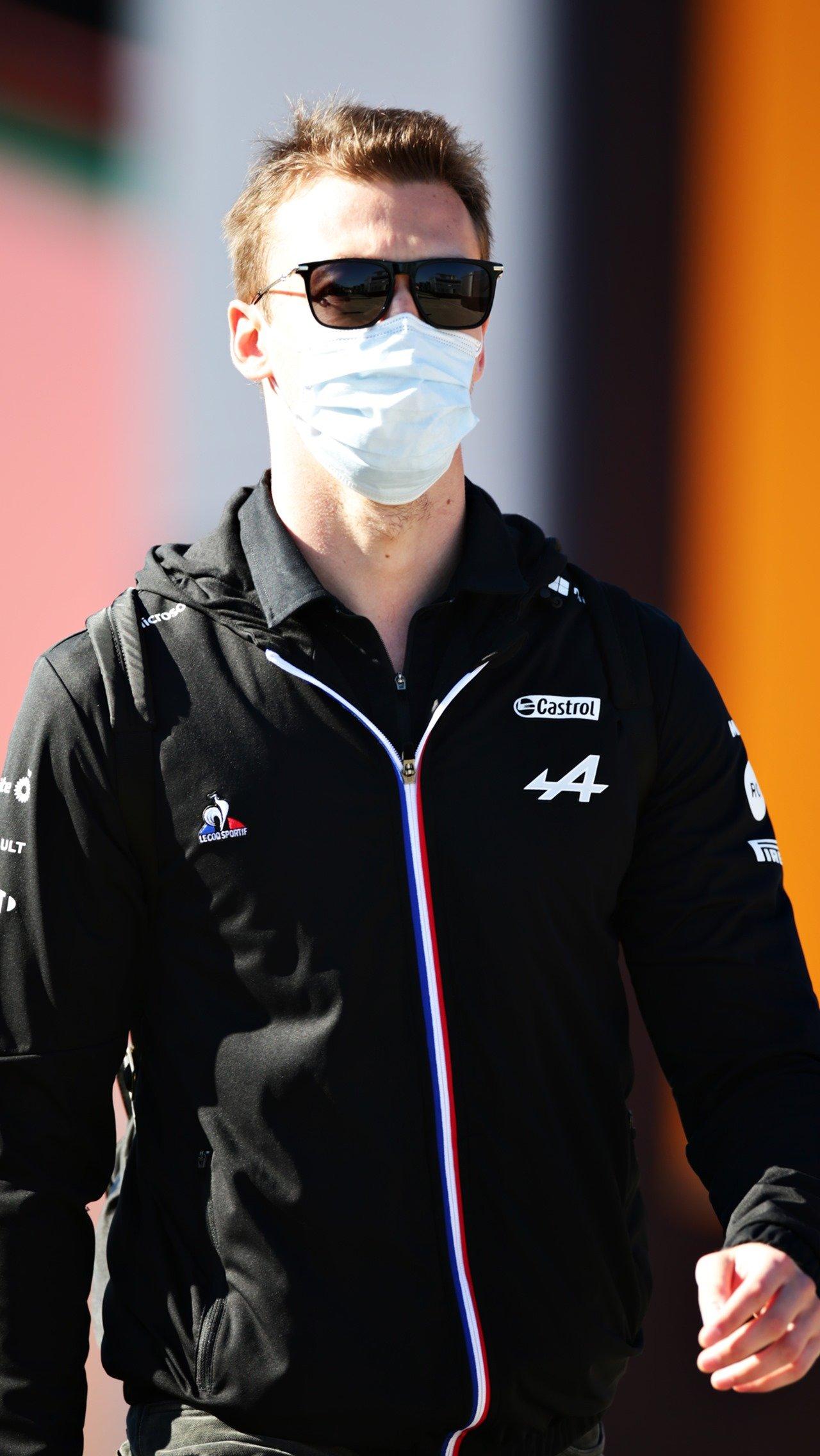 Квят вернулся в паддок Формулы-1!