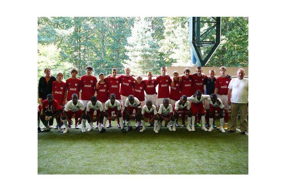 В России появился клуб, где тренируют только на английском языке. Идея – из Китая