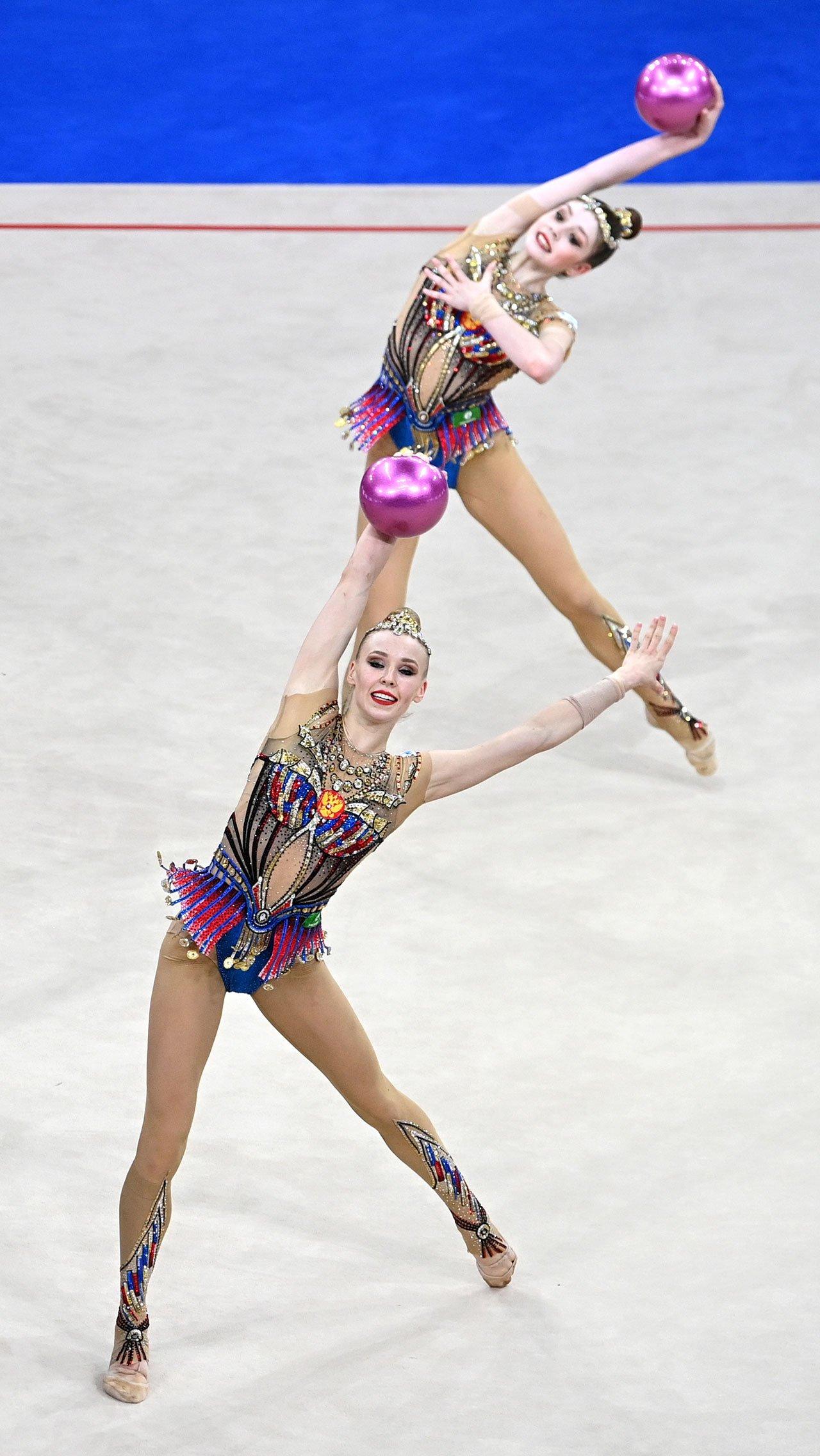 Нестабильные выступления наших групповичек за несколько недель до отъезда в Токио не могут не напрягать. Неужели россиянки рискуют потерять золото Олимпиады, которое сохранялось за ними 25 лет?