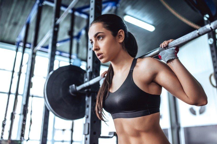 Необычные упражнения на беговой дорожке: план кардио-тренировки