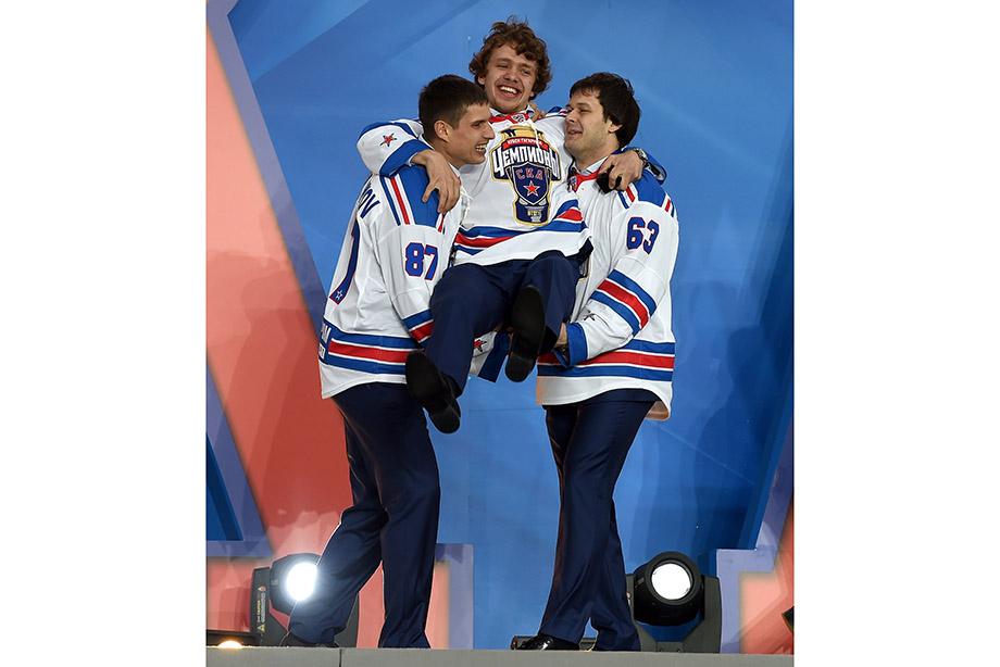 Как Панарин уезжал в НХЛ из СКА, сейчас он главная звезда «Рейнджерс»