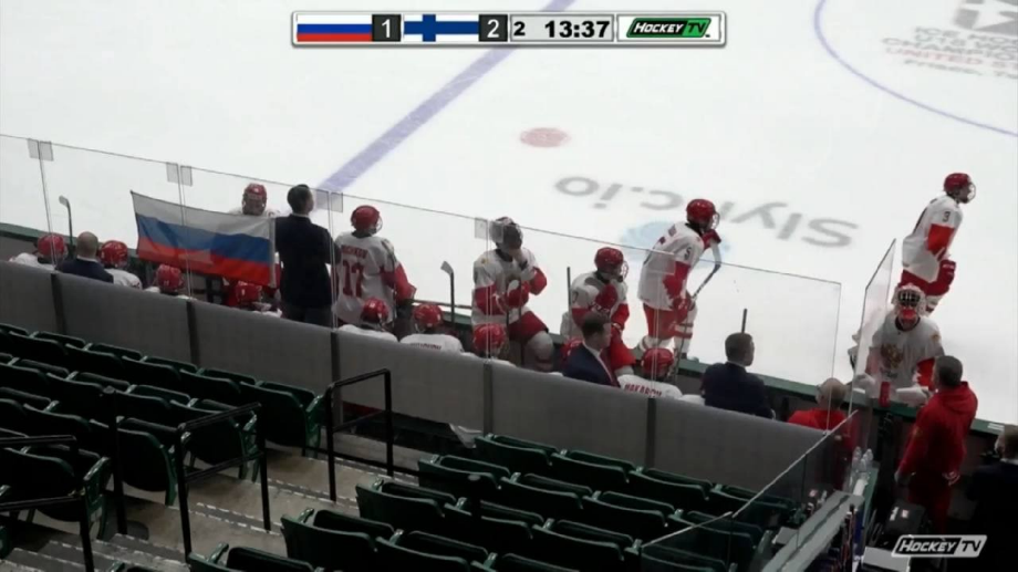 Первое поражение России на ЮЧМ. Пропустили две шайбы за 69 секунд и проиграли по буллитам