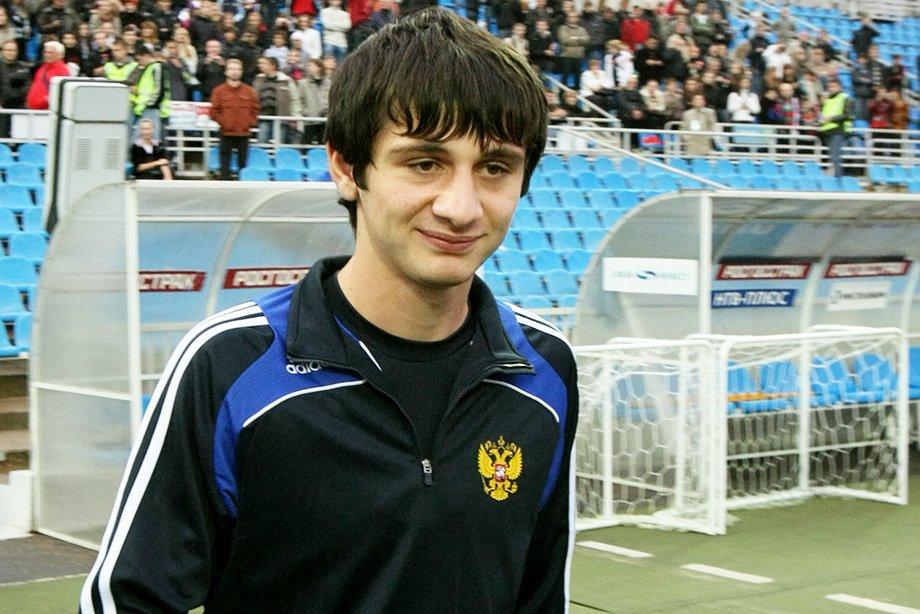 Войдёт ли Захарян в историю сборной России? До него в 18 лет дебютировали только шестеро