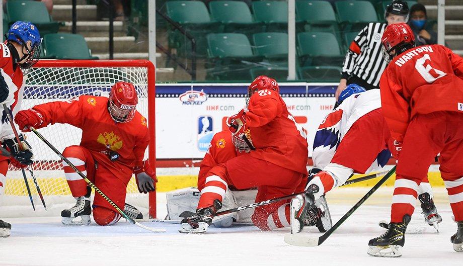 «Их было не остановить». Чешский тренер назвал сборную России на ЮЧМ «Красной машиной»