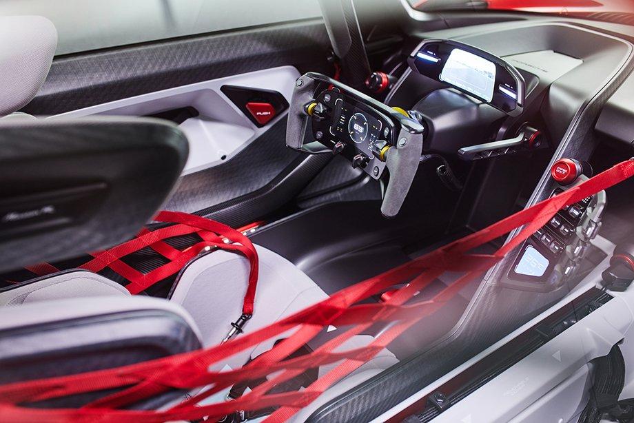 Почти 1100 «лошадей» в гоночном автомобиле будущего! Свежий концепт от «Порше»