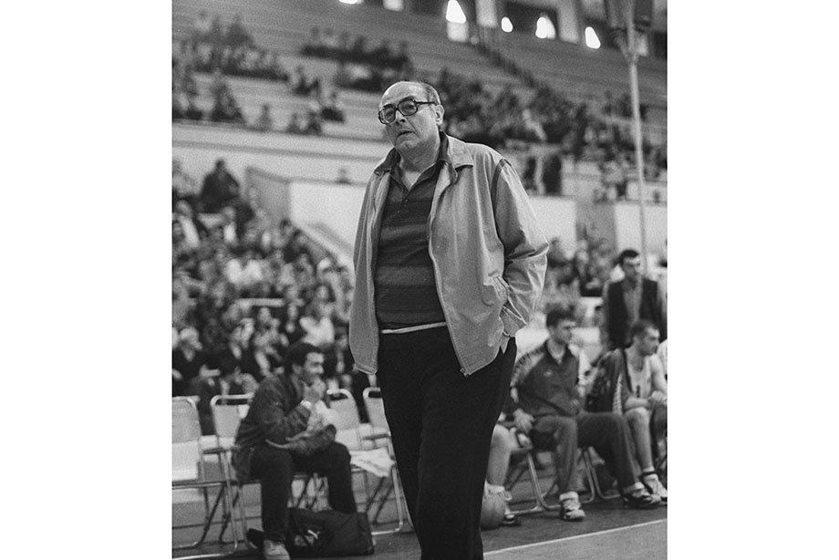 Главный тренер «Динамо» Леван Мосешвили.
