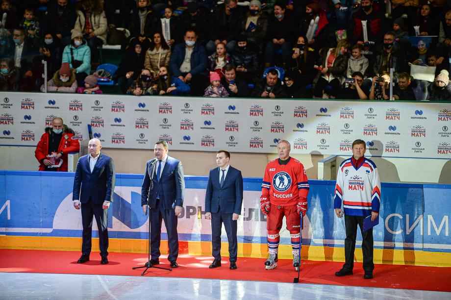 Как норильские школьники сыграли в стиле легендарного хоккеиста Павла Буре