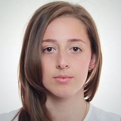 Алина Матинян