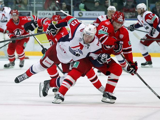СКА обыграл «Сибирь» иодержал седьмую победу подряд вКХЛ