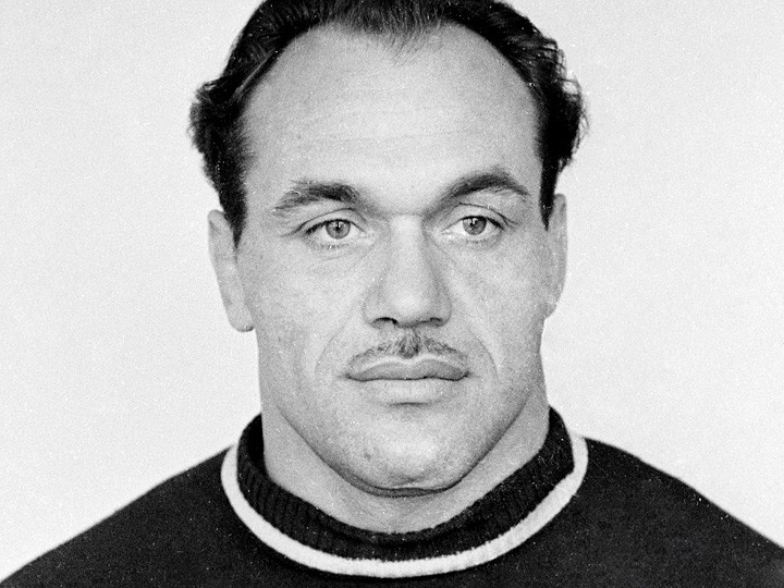 Валентин Николаев