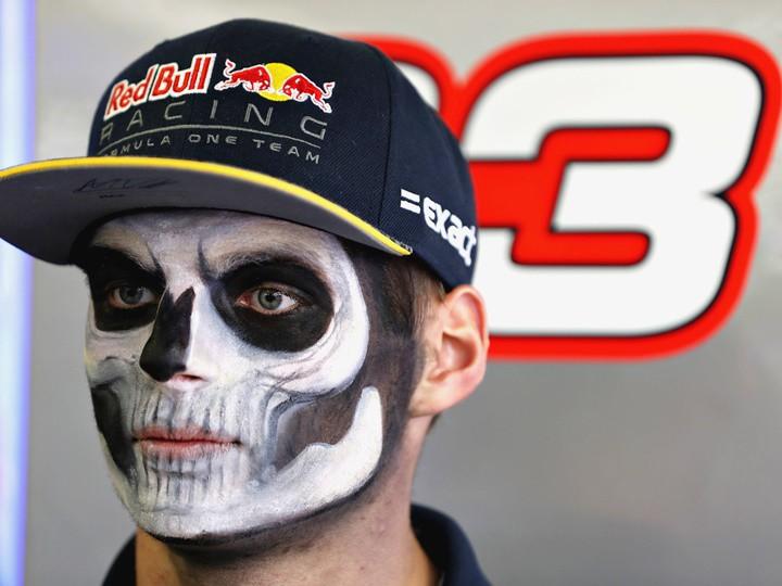Макс Ферстаппен вовремя не был наказан ФИА за пилотаж и вредит Формуле-1