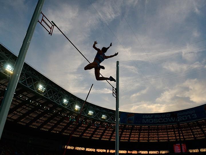 Компенсация легкоатлетам за пропущенную Олимпиаду вызвала споры