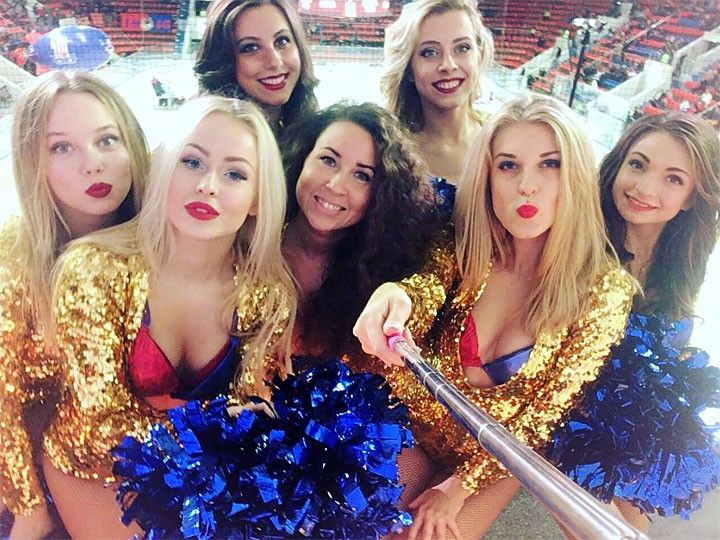 Группы поддержки команд Западной конференции КХЛ: СКА, ЦСКА, Спартак