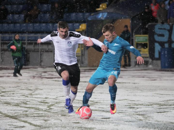 Обзор 20-го тура ФНЛ: ничья «Динамо», снег во Владивостоке