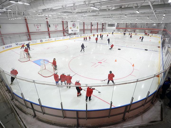 Цены на занятия хоккеем для детей на Урале и в Западной Сибири