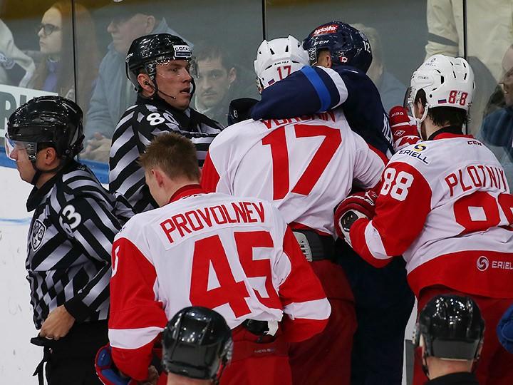 Борьба за попадание в плей-офф в Западной конференции КХЛ. Таблица