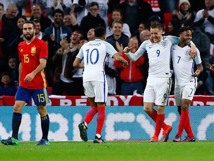 Англия — Испания — 2:2